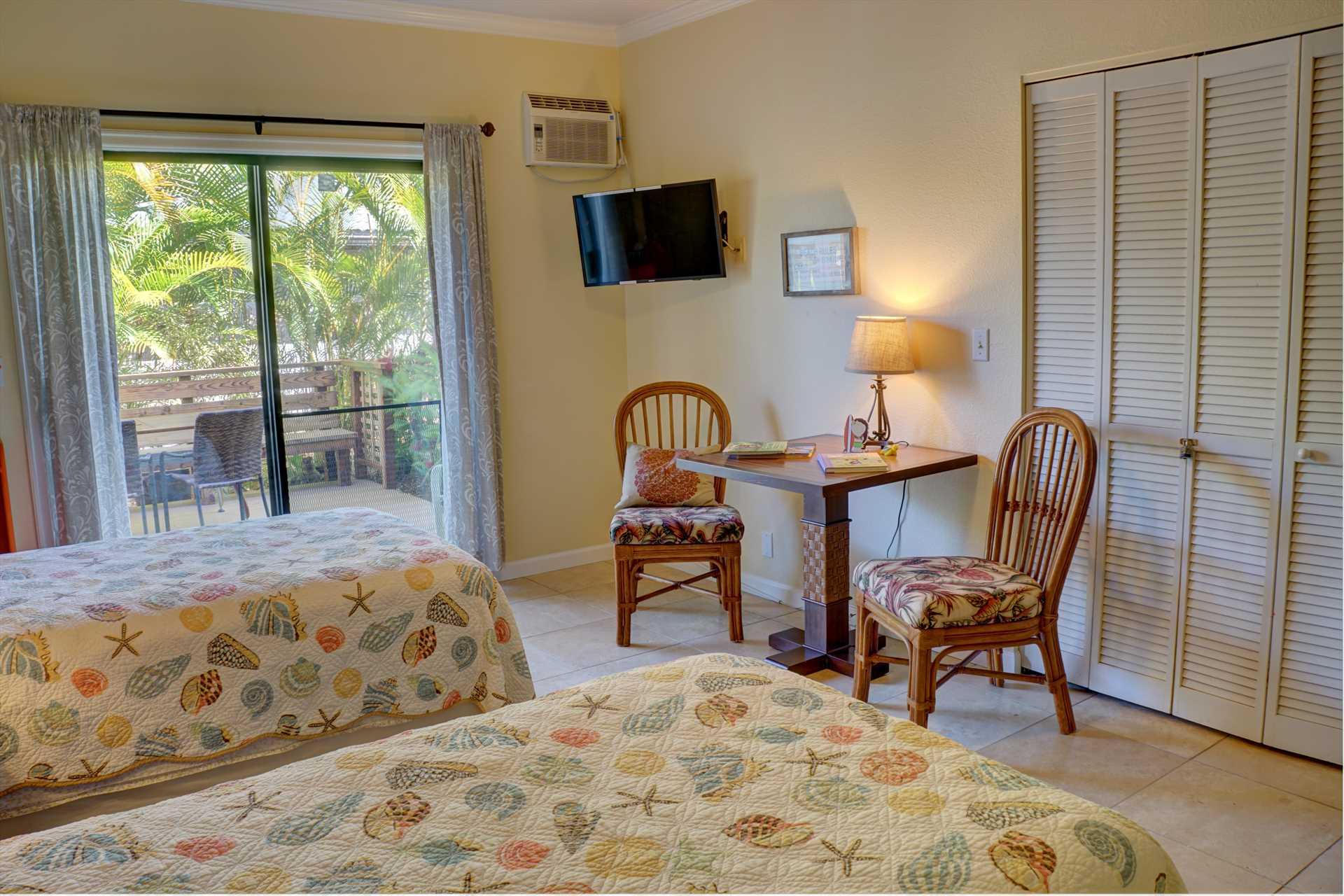 Honu room seating area